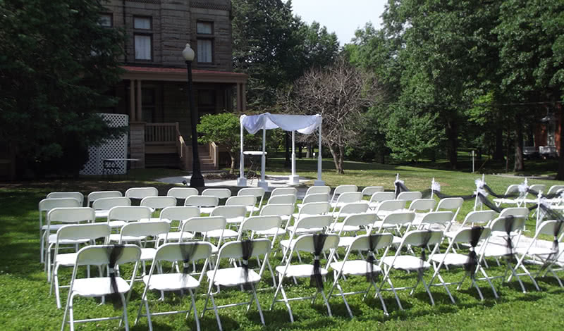 Outdoor Wedding Facility - Quincy, IL